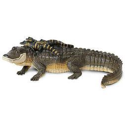 Safari Alligator with Babies